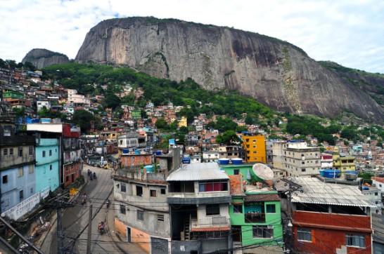 Rocinha-Favela-600x398